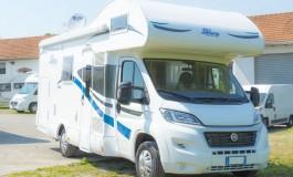 Blu Camp 650 - esterno della famiglia Lucky - Mansardati