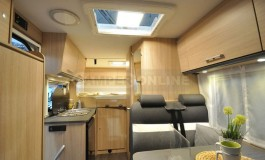 Sunlight V 66 - interno della famiglia Vans