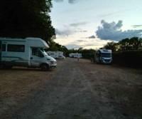 Aire de Camping-Car Pont d'Avignon