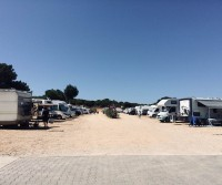 Parque auto caravanes Acoteias