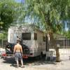 Area sosta camper Parking Lagani, Piazzola con tavolo, sedie, doccia e lavandino privati, 02/09/18